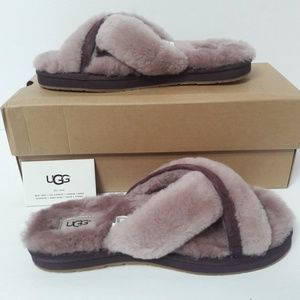 NEW Womens UGG Slippers/Slides size 7
